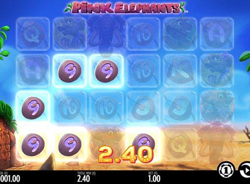 Призова комбінація символів в ігровому автоматі Pink Elephants